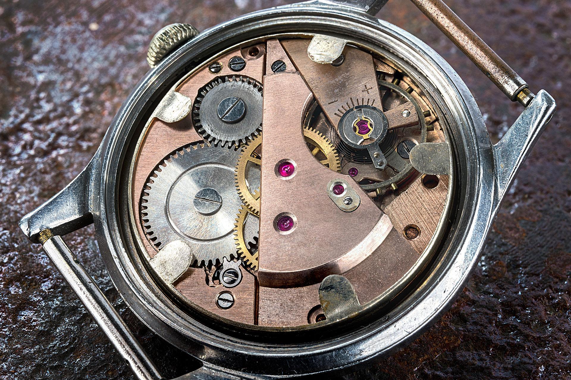 wnętrze zegarka